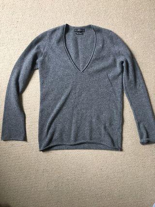 Zara cashmere sweater size small