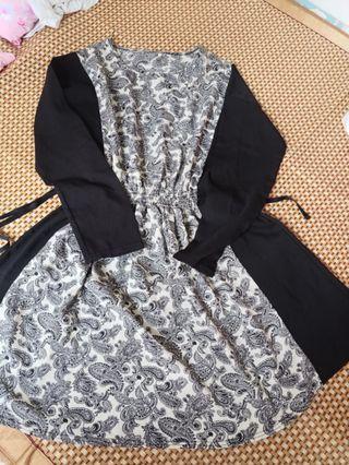 花花圖案米白色底色黑色長袖上衣/連身裙