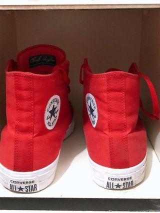 🚚 保證正品converse2代 帆布鞋 板鞋 高筒鞋 紅色