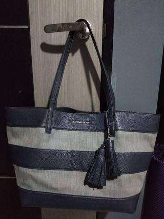 Fast Deal Authentic Michael Kors Bag