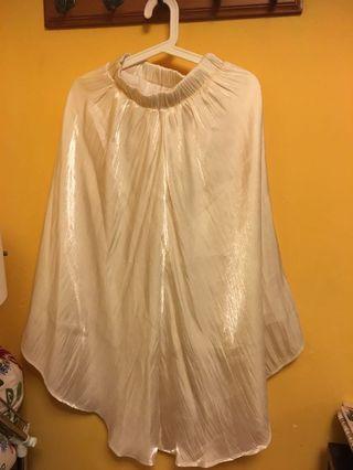 珍珠白色裙