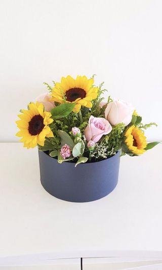 🌟Premium Sunflower and Pink Rose Flower Box