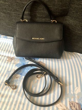 31c1d24044c6 Authentic michael kors