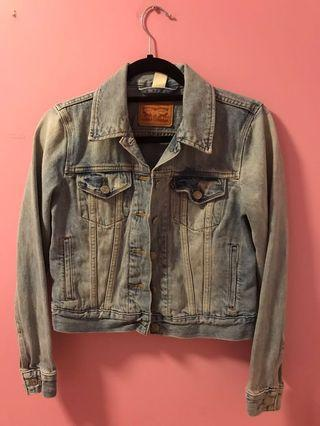Levis Denim Jacket Size Small