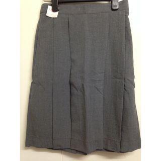 中學灰色校服裙