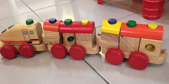 🚚 嬰幼兒木質安全玩具