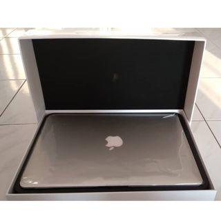MacBook Air (Manufactured in 2017) Intel Core i5 processor 128GB SSD