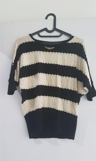 Baju atasan blouse garis rajut knitted nyaman hitam putih monokrom all size cantik elegan