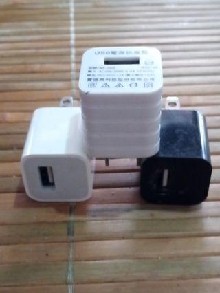 USB電源供應器50*3=150+60運費=210