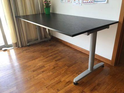 **Moving Sale****IKEA BEKANT 160X80 Large Office/Work Table