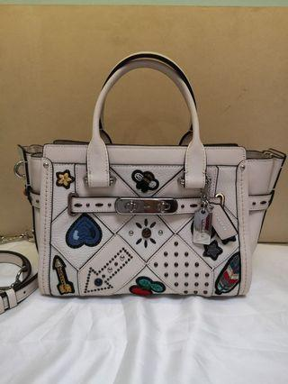 *limited Edition *Coach Embroidery Cn Swagger 27