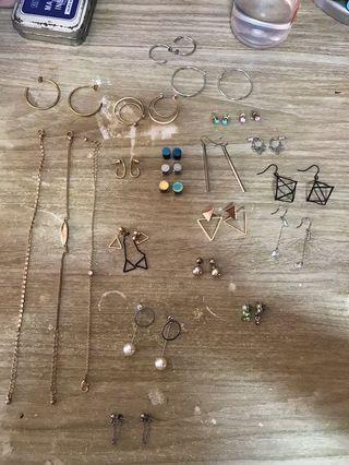 🚚 earrings and bracelets
