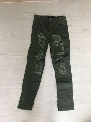 Army green ripped jeans #endgameyourexcess
