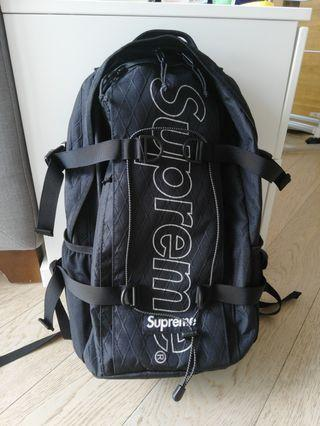Supreme Backpack fw18 95%new