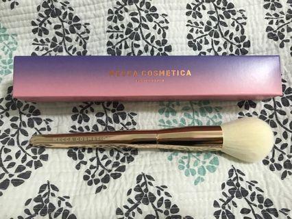 Mecca Cosmetica powder brush