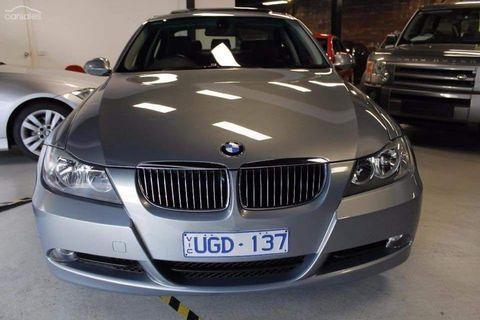 BMW 2006 323i