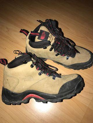 North face women's hiking boot