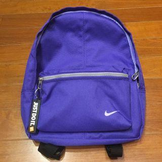 NIKE CLASSIC Backpack 日本限定 女運動休閒帆布後背包 JUST DO IT 紫色 小容量 隨身小包