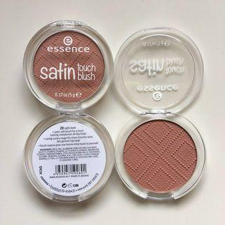 Essence Satin Touch Blush #20 Satin Love