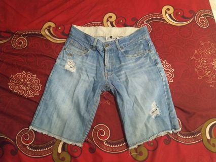 Celana pendek robek short pant vans wash ripped jeans ori