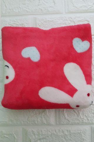 小兔兔愛心珊瑚絨小毛毯