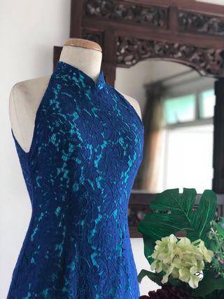 Cheongsam - Blue Lace With Green Undertone Cut-in Cheongsam