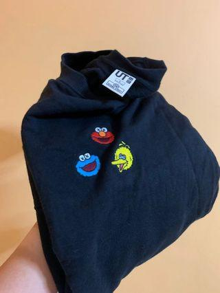 🚚 Uniqlo x Sesame Street Sweatshirt