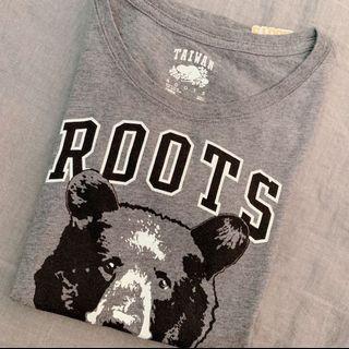 🚚 Roots 台灣紀念款T恤 台灣黑熊上衣 尺寸XS 絕版roots純棉短袖圓領T恤 下擺圓弧修身百搭款