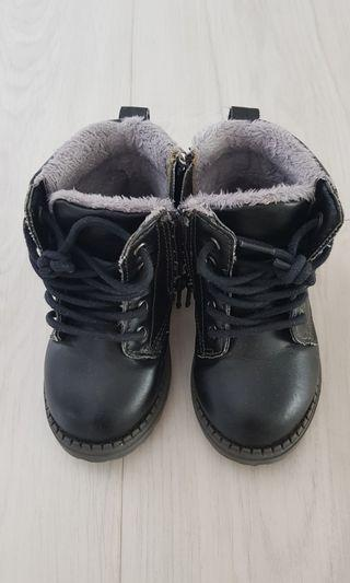 H&M Winter Boots with fur lining