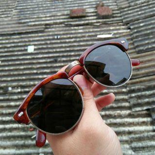 Kacamata / sunglasses vintage limited edition