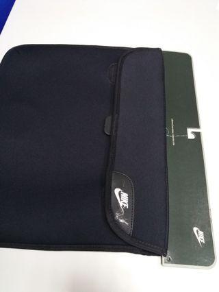 "Nike ACC 15"" laptop sleeve #EST50"