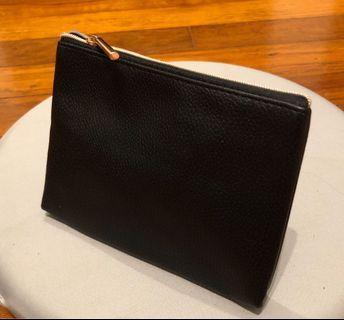 H&M pouch