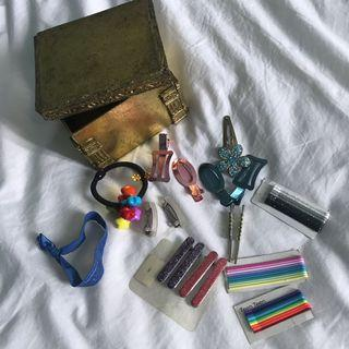 Assorted Hair pins, clips, and hairties (last price for item)