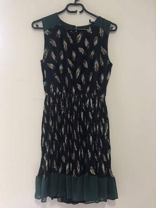 Tenki Sleeveless Dress