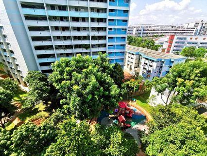 734 Yishun Avenue 5
