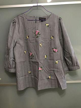 Dorothy Perkins embroidery top UK18