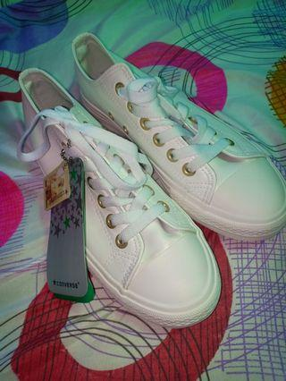 Converse leather for women