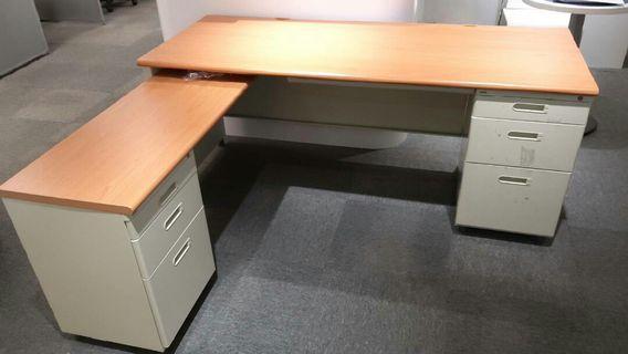 六尺L型辦公電腦桌