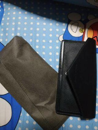🚚 charles and keith envelope wallet