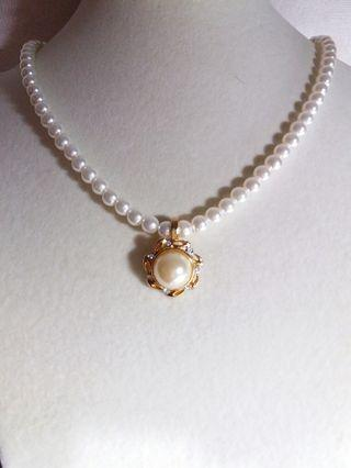 6mm round glass pearl with enhancer pendant