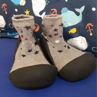 Attipas Twinkle Black Prewalker / Sepatu Attipas Sol Hitam Motif Bintang