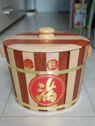 Wooden rice container