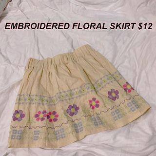 🚚 BRAND NEW Japanese embroidered floral skirt