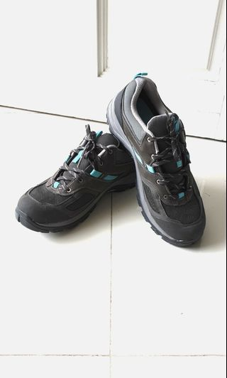 e92a9b9980c Adventure World Water Shoes, Sports, Sports Apparel on Carousell