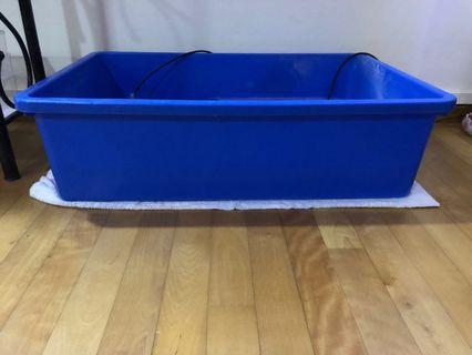 🚚 3ft Plastic container