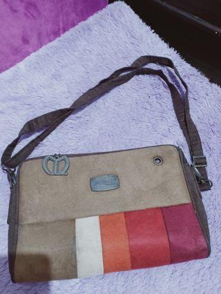 Sling Bag Molluca