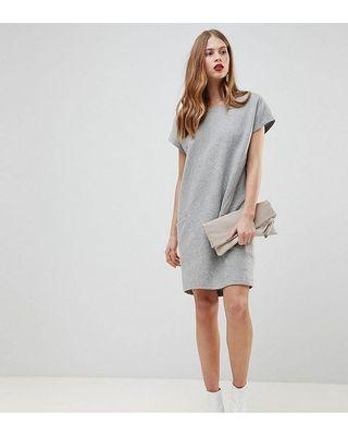 YAS Wool Dress with Oversized Pockets in Grey