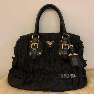 Prada Tessuto Gaufre Nero 黑色 shopping bag 手挽上膊袋 奶粉袋 tote bag 有單 有塵袋 原價13000 Sogo買 可小議