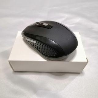 [PRICE REDUCED FROM $10] BNIB Wireless Optical Mouse 2.4Ghz