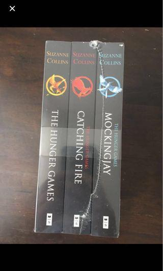 NEW Hunger Games Trilogy